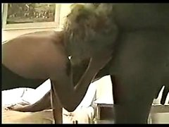 Sexy ass amateur blonde milf fucks black interracial