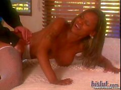 Caramel rides dick from below