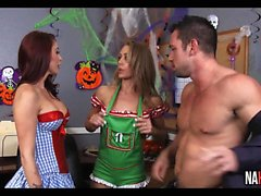 Halloween au bureau Nicole Aniston, Monique Alexander