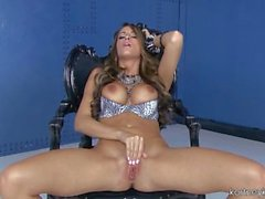 Kortney Kane - Silver Sheen