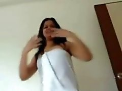 Desi girl dance in towl