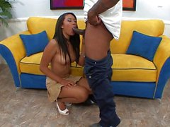 Beautiful cumshot spraying sexy ebony
