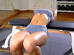 Veronica Zemanova Working Out 01