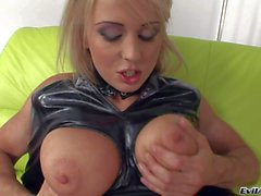 Blonde Mandy Dee in latex outfit gets licked good