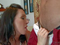 Pale mature MILF Ray Veness rides on muscled Johnny castle
