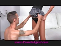 FemaleAgent Athletic stud can go the distance