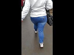 Big Butts rütteln Milfs in Jeans