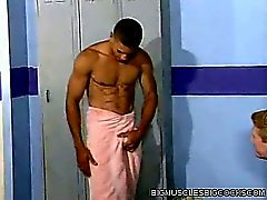 Locker Room Muscle Man Fuck