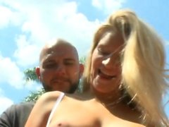 Sexy honey enjoys shaking her shapes during sexy fucking