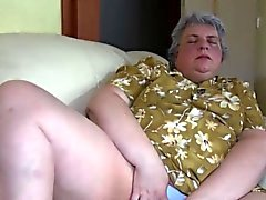 Granny and bimbo dildo action