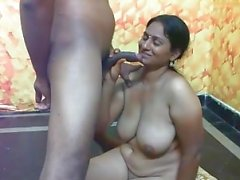 Indian Schlampe mit großen Titten Sex PART-5