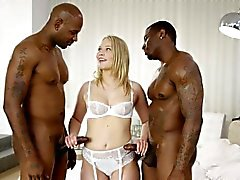 Blacked Dakota del de James a gritar de de 2 negros grandes gallos