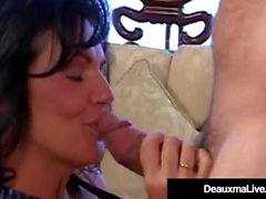 Texas Cougar Deauxma Mouth & Pussy Fucks Her Fan!