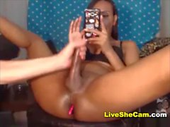 Black Tranny gets handjob webcam