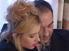 Blonde Dirne in Strümpfen Sex Pussy Invasion
