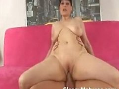 Russian Mom is so horny!!