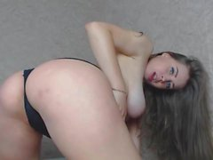 Beautiful Babe In Pregnant Play With Dildo (TeRRiFieR)