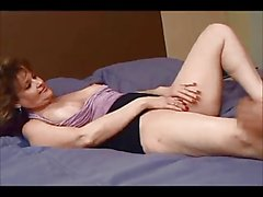 Amateur milf ass fucked on real homemade