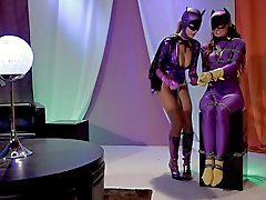Super Heroines in Pantyhose