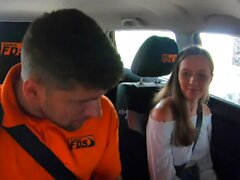 Driving School de Faux Stacey Cruz Fucked par instructeur