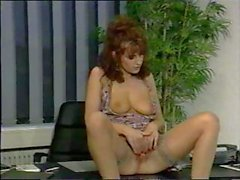 Simona Valli and her friends have a three-way at the office