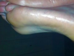 gf s leeping feet, cumshot