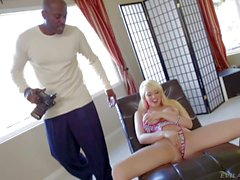 Kagney Linn Karter making porn with Lexington steele