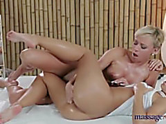 dido-hotty-and-vera-lesbo-massage