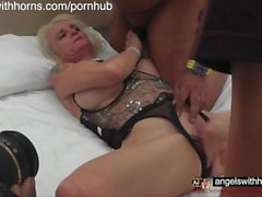 UK Squirting Divas at British Amateur Gangbang Parties in London