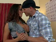 Busty MILF Ariella Ferrera gets fucked with finger in her ass