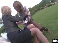 Outdoors pussy licking featuring blonde babes